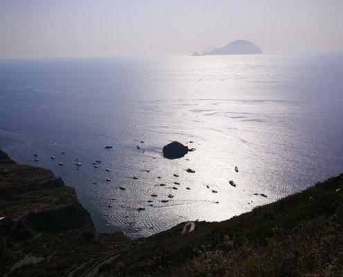 vacanze in barca a vela isole eolie salina