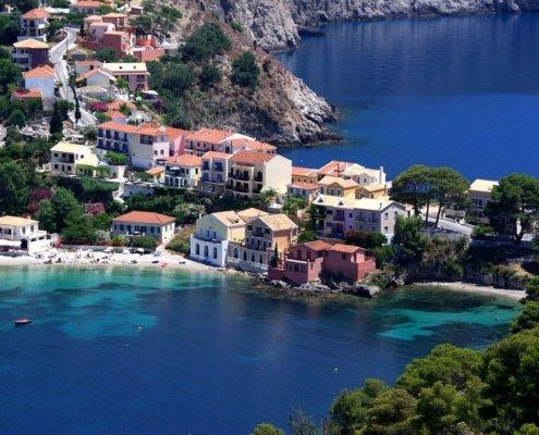 vacanze in barca a vela con skipper in grecia villaggio