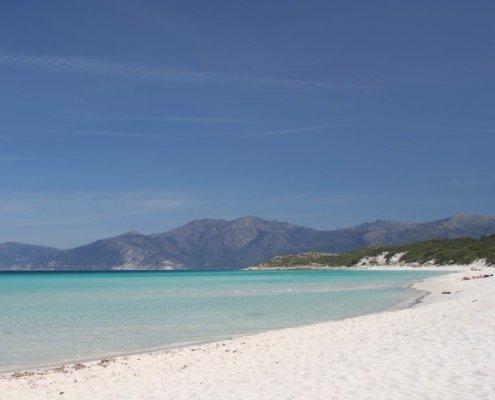 vacanze in barca a vela con skipper in Corsica deserto des agriates