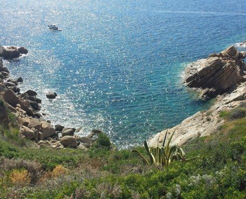 vacanze in barca a vela corsica e toscana con skipper isola del giglio