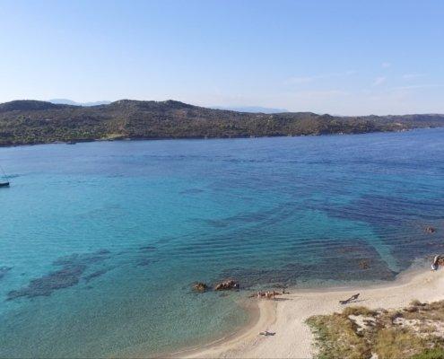 vacanze in barca a vela con skipper in Sardegna del nord e corsica del sud