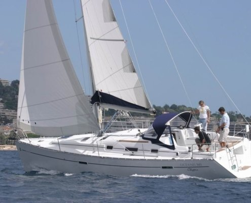 barche a noleggio senza skipper beneteau 343 navigazione lato